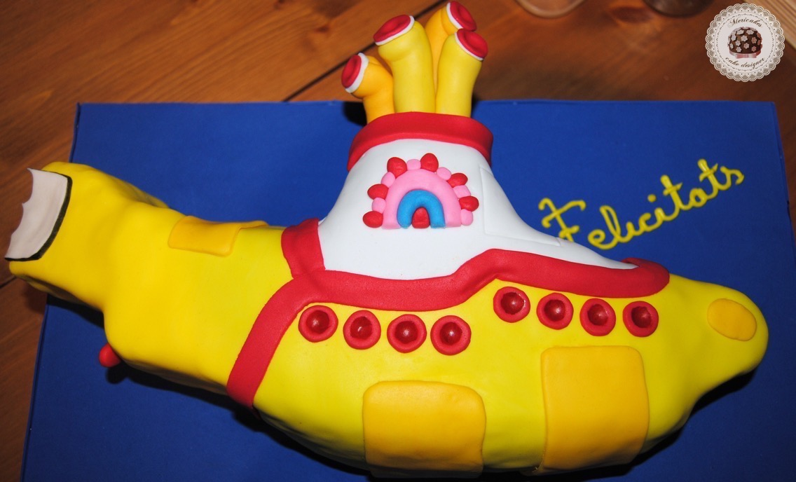 yellow-submarine-cake-chocolate-tarta-fondant-beatles-pasta-de-goma
