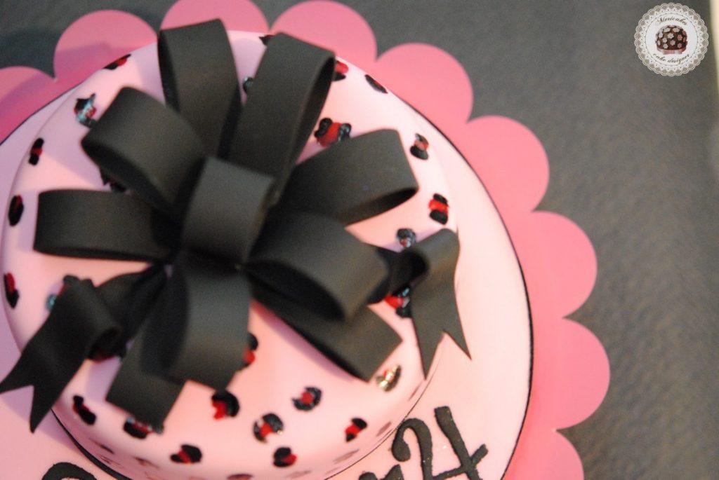 tarta-leopardo-print-animal-leopard-cake-mericakes-pastel-de-cumpleanos-barcelona-sugarcraft-lazo