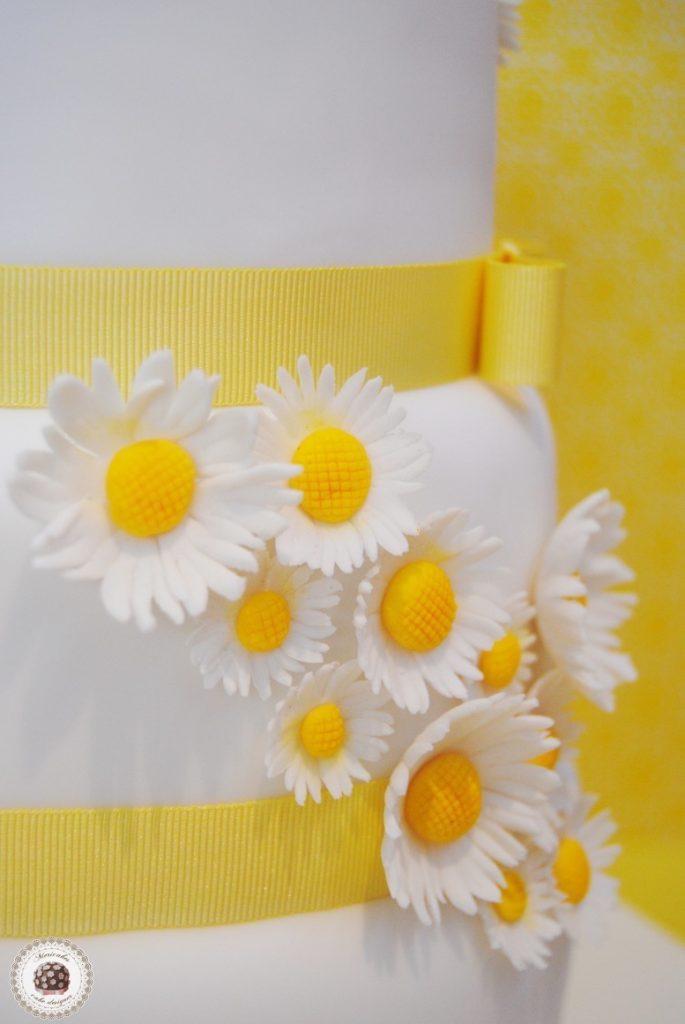 margaritas-daisy-flores-tarta-boda-wedding-barcelona-mericakes-fondant