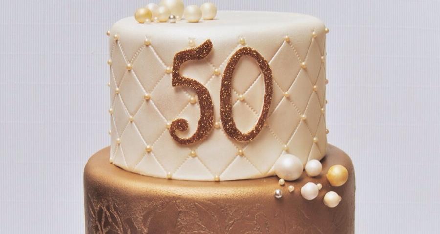 tarta-Sposabella-revista-magazine-novias-bridal-bodas-weddingcake-50-dorado-gold-sugarcraft-sugarart-fondant-mericakes-barcelona.