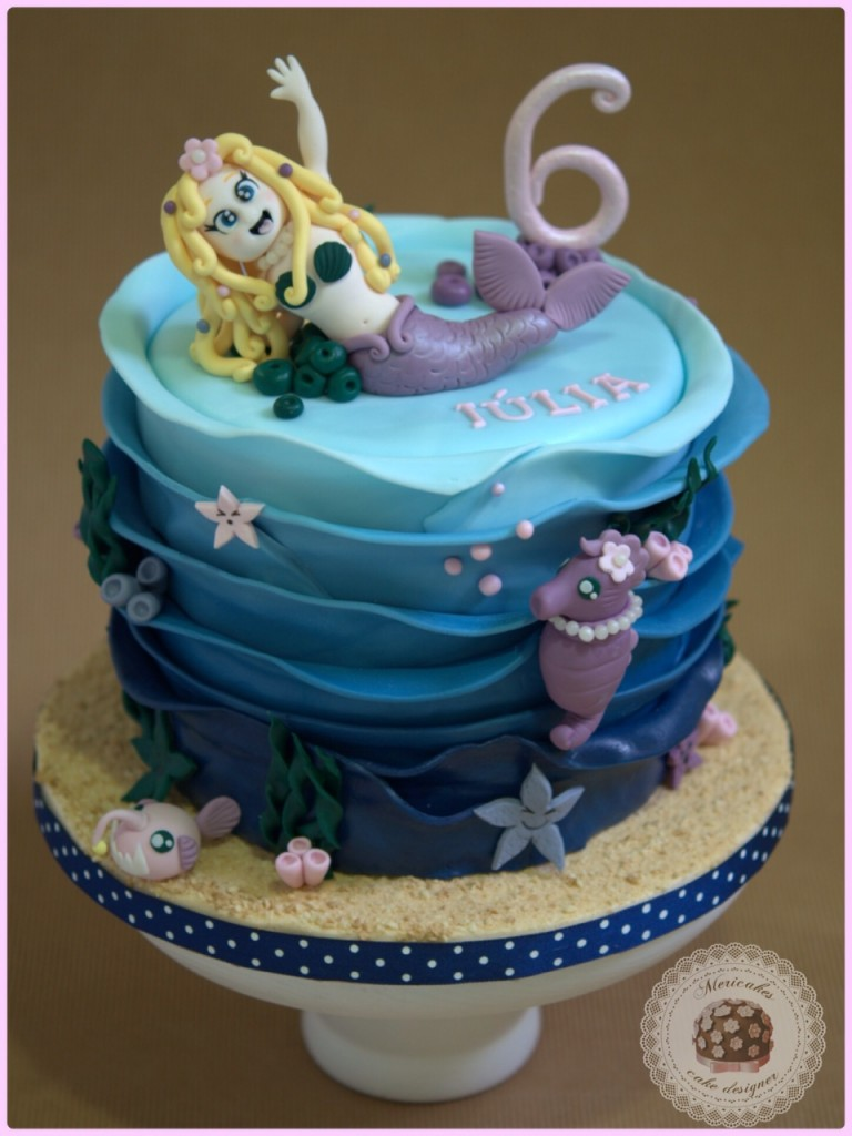 tarta, sirenita, little mermaid, caballito de mar, pez abisal, fondo del mar, deep sea, under sea, fondant, mericakes, barcelona, estrellas de mar, kawaii, chocolate, brownie, mascarpone, fresitas del bosque, tartas barcelona, cake decorating, tartas infantiles, ruffle, bajo el mar, tartas decoradas, sea horse, pez linterna, lantem fish.
