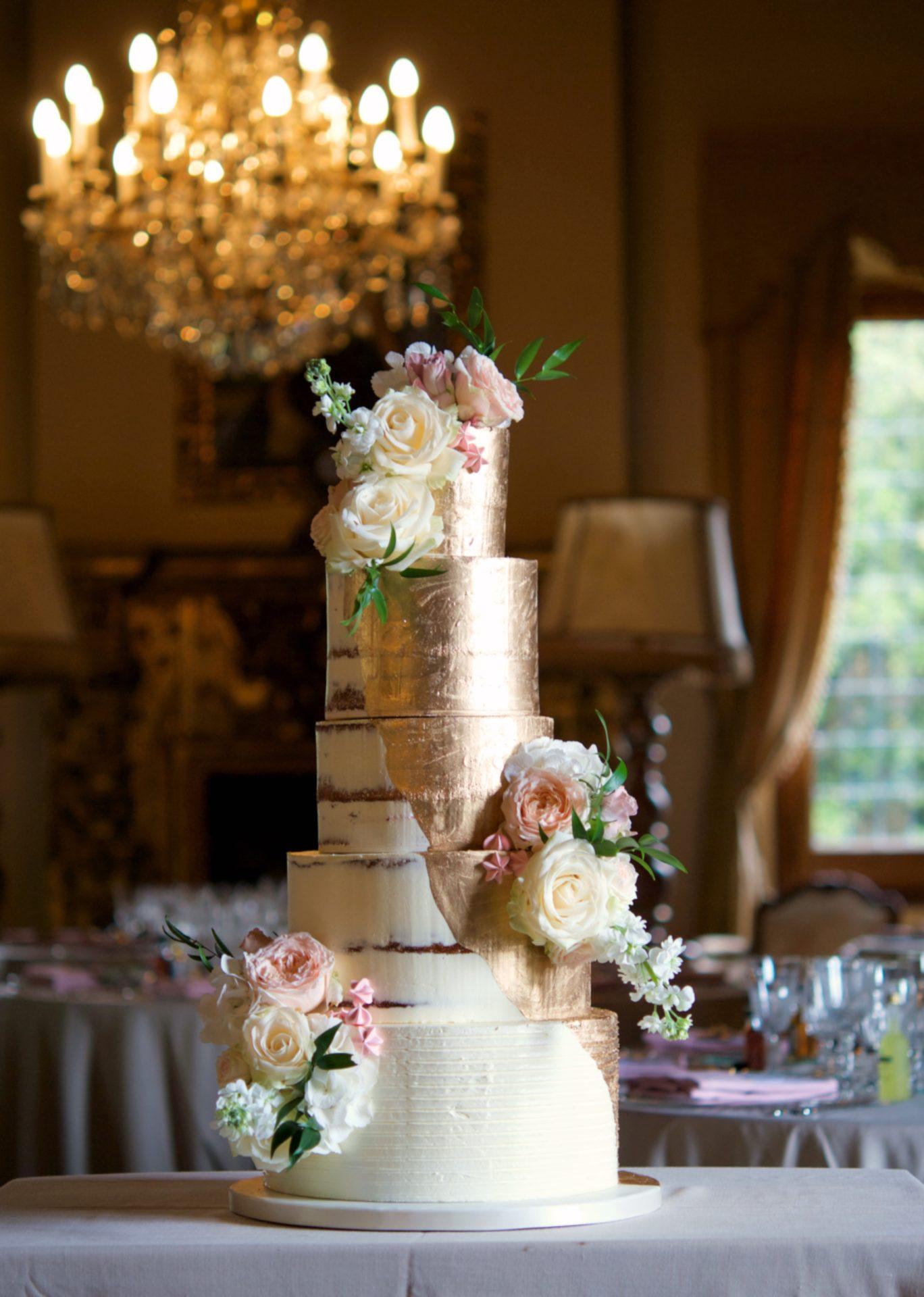 Contacta con Mericakes - Cake Designer