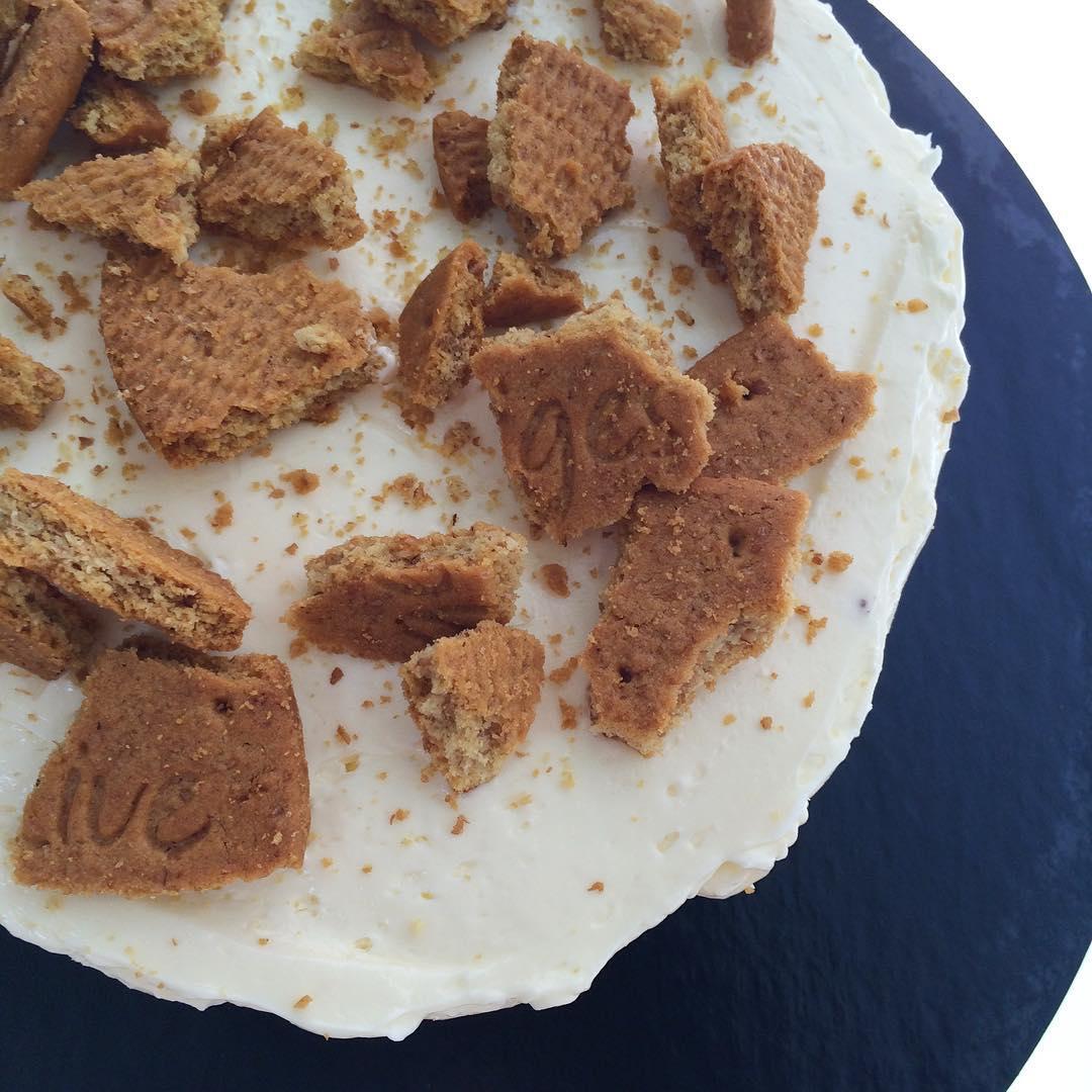 EL PADRINO, tarta-lemond-pie-tarta-de-limon-galletas-mericakes-tartas-fondant-layer-cake-naked-cake-barcelona-lemond-curd