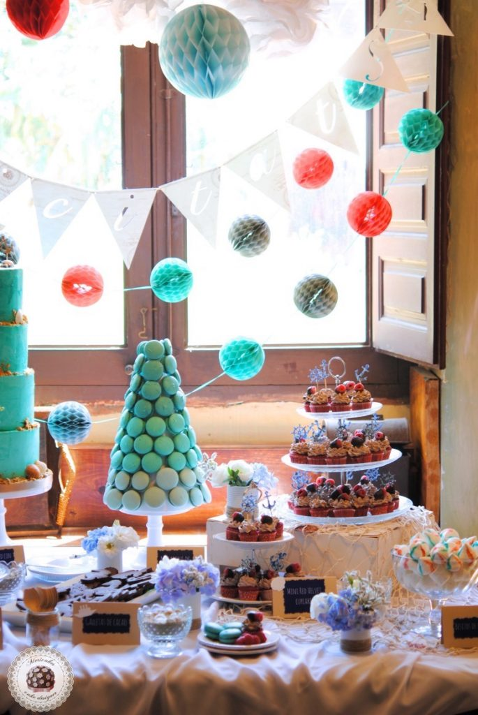 dessert-table-sweet-table-mesa-dulce-macarons-naked-cake-sea-sailor-sea-fresh-flowers-tarta-cupcakes-anchor-mericakes-7