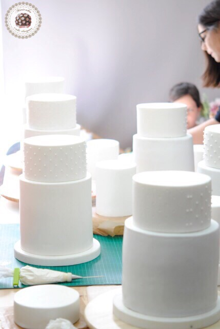 MASTER CLASS, TARTAS DE BODA, MERICAKES, WEDDING CAKES, CADIZ, FONDANT, SUGARCRAFT, REPOSTERIA CREATIVA, CURSOS, BRIDAL 4299