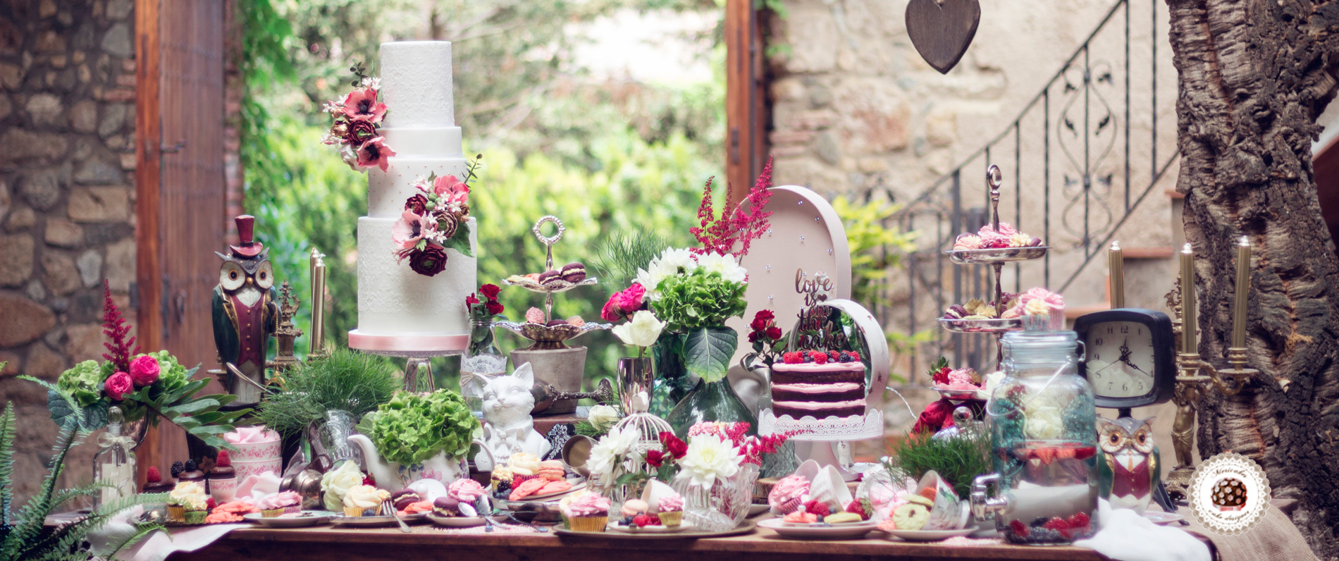 mesa-dulce-candy-bar-bodas-girona-sweet-table-mericakes-wedding-cake-tarta-de-boda-macarons-galletas-naked-cake-sugarcraft-cookies