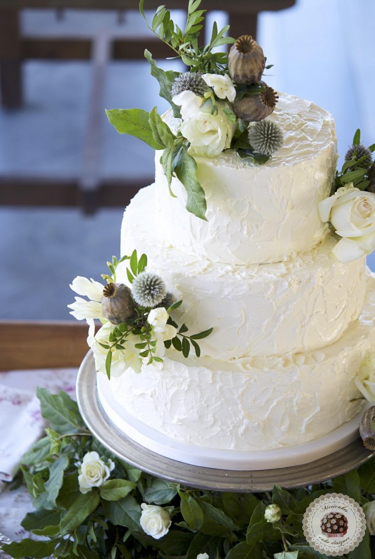 wedding cake, semi naked cake, tarta de boda, mericakes, pastel, wedding inspiration, barcelona wedding, wedding flowers, pistachio, raspberry,_