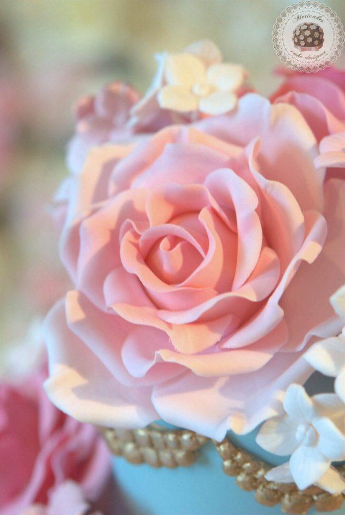 avalanche-roses-wedding-cake-tarta-de-boda-bodas-barcelona-mericakes-fondant-barcelona-wedding-bridal-rosas-10