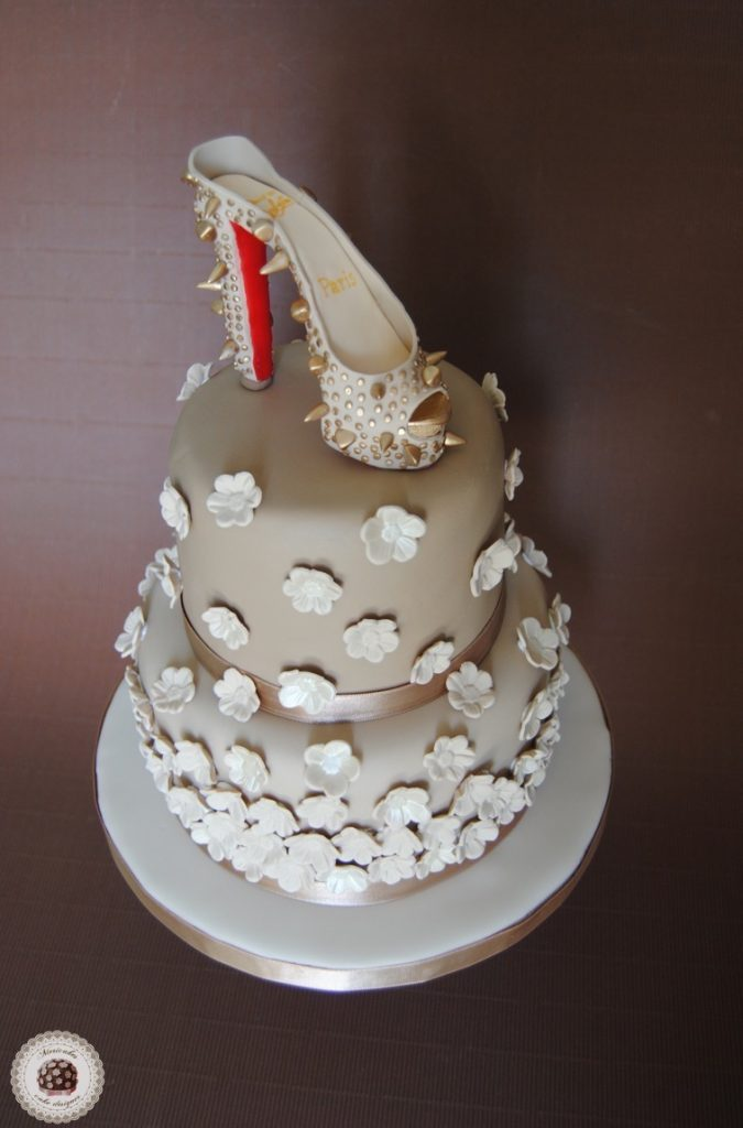 christian-louboutin-peep-toe-mericakes-tarta-cake-pastel-zapatos-tacones-cake-decorating-tarta-decorada-fondant-tartas-barcelona-sugarcraft-flores-de-azucar-chocolate