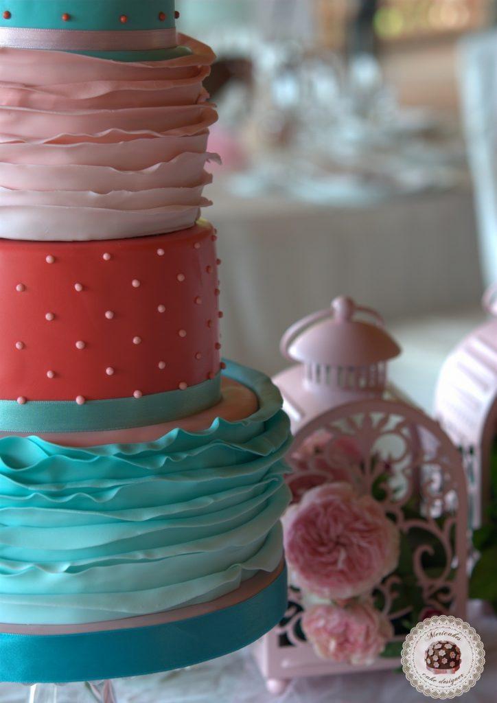 dessert-table-mesa-dulce-candy-bar-comunion-primera-comunion-mericakes-barcelona-mas-de-sant-llei-tartas-decoradas-tartas-infantiles-macarons-mini-cupcakes-5