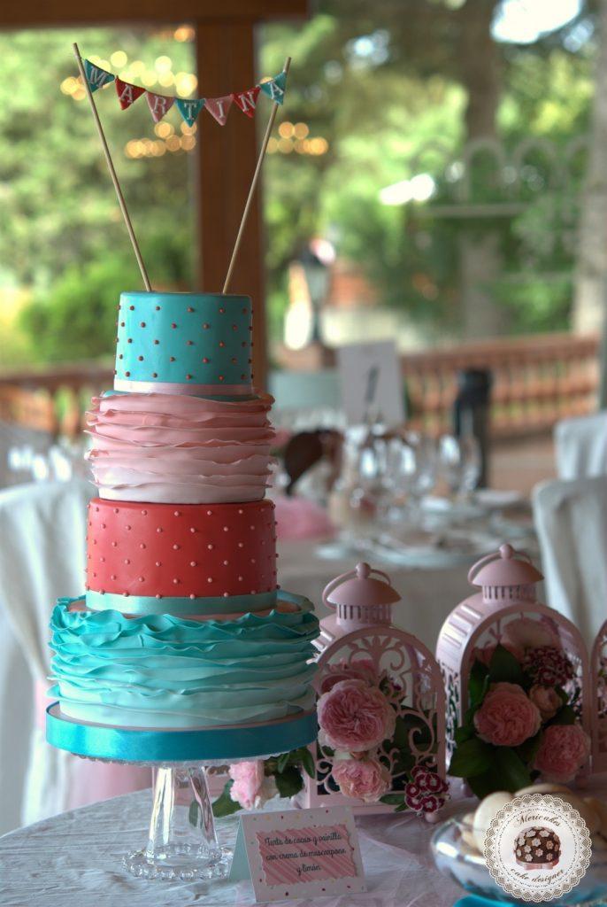 dessert-table-mesa-dulce-candy-bar-comunion-primera-comunion-mericakes-barcelona-mas-de-sant-llei-tartas-decoradas-tartas-infantiles-macarons-mini-cupcakes-8