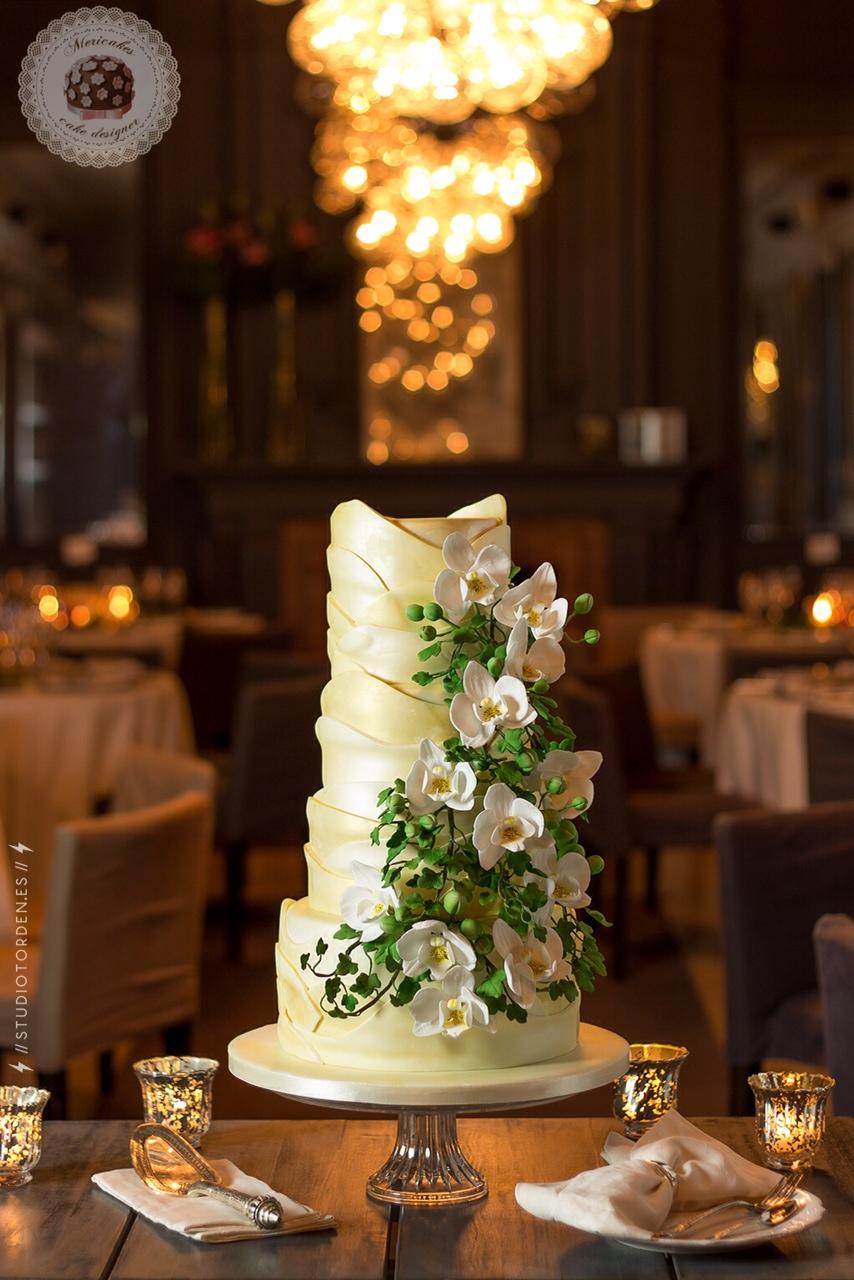 gaudi-barcelona-tarta-de-boda-wedding-cake-orchid-mericakes-grupo-tragaluz-modernismo-fondant-pasteleria-sugar-9