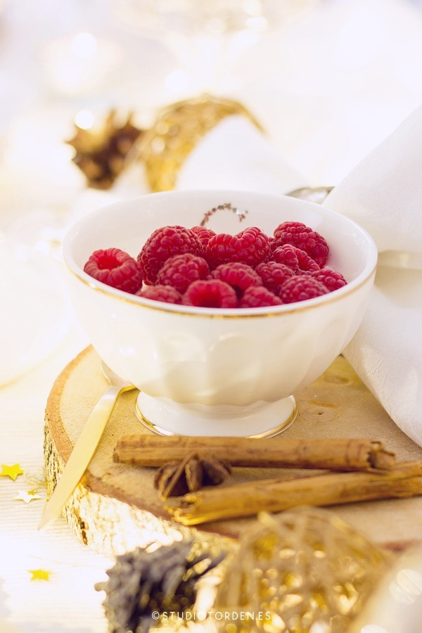mericakes-torden-maria-lunarillos-mesa-dulce-sweet-tbale-dessert-table-fruit-cake-cinnamon-rolls-eclairs-cupcakes-barcelona-christmas-navidad16