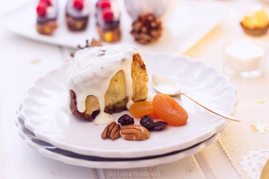 mericakes-torden-maria-lunarillos-mesa-dulce-sweet-tbale-dessert-table-fruit-cake-cinnamon-rolls-eclairs-cupcakes-barcelona-christmas-navidad19