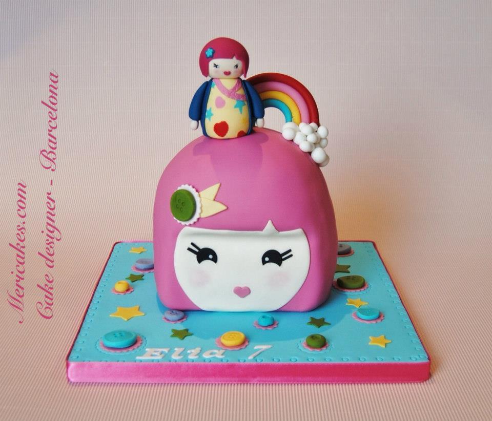muneca-kimmidoll-junior-tarta-sin-gluten-gluten-free-mericakes-tartas-infantiles-cake-fondant-barcelona-red-velvet-cute-kawaii
