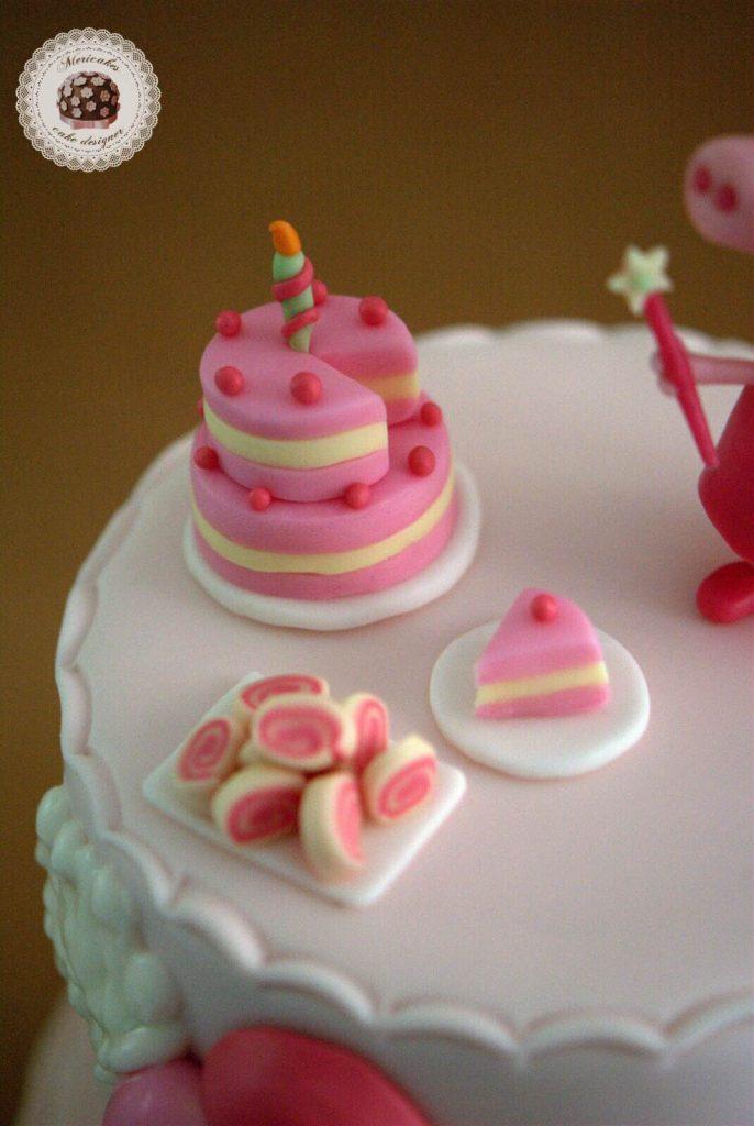 pepa-pig-tarta-cake-birthday-cake-tarta-decorada-tartas-barcelona-mericakes-girl-cake-fairy-pepa-pastel-fondant-satin-ice-4