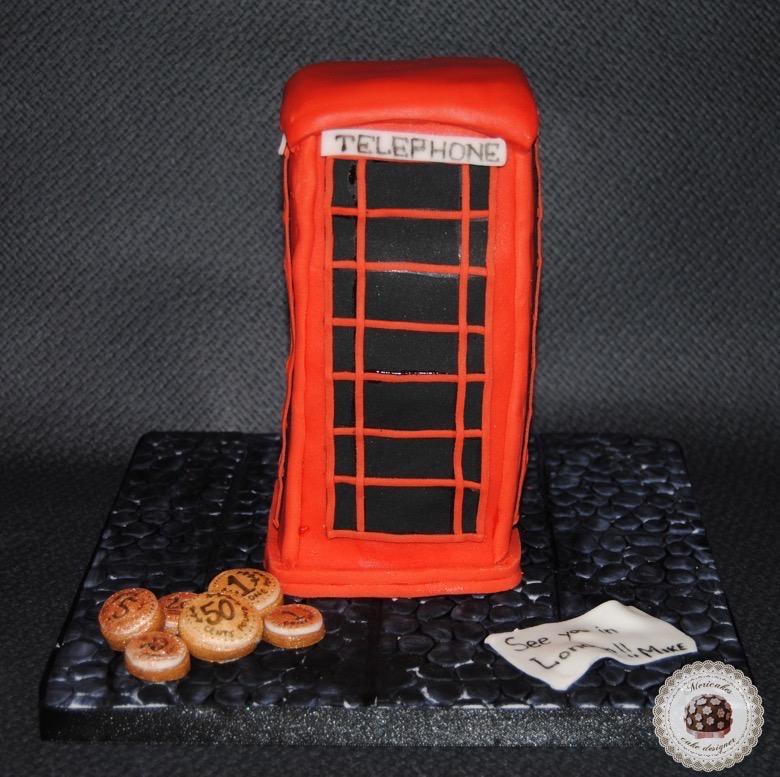 tarta-cabina-telephone-booth-londres-london-mericakes-tartas-decoradas-tartas-personalizadas-tartas-fondant-cake-pastel