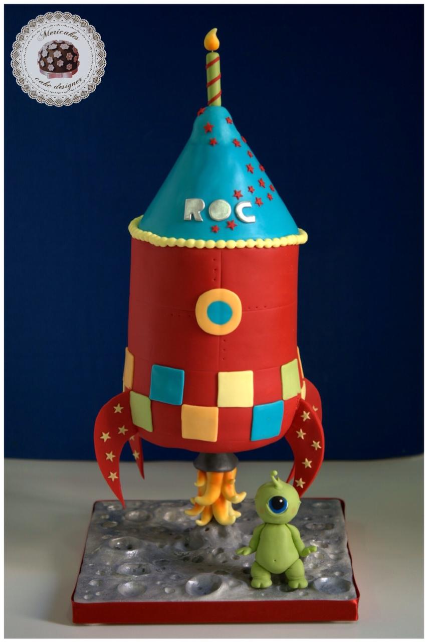 cohete-espacial-rocket-cake-kewpie-alien-chocolate-tartas-barcelona-fondant-tartas-infantiles-tarta-3d-2