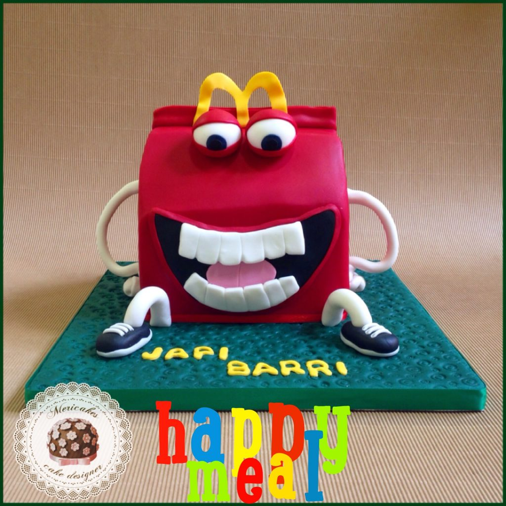 happy-meal-mc-donals-mericakes-tarta-cake-birthday-cake-geek-cake-sugarcraft-pastel-red-velvet-barcelona-reposteria-creativa