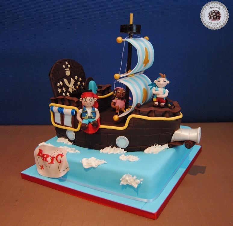 jake-y-los-piratas-fondant-sugarcarft-mericakes-barcelona-tarta-pastel-tartas-barcelona-piratas-neverland-barco-pirata-mapa-del-tesoro-cakes-for-kids