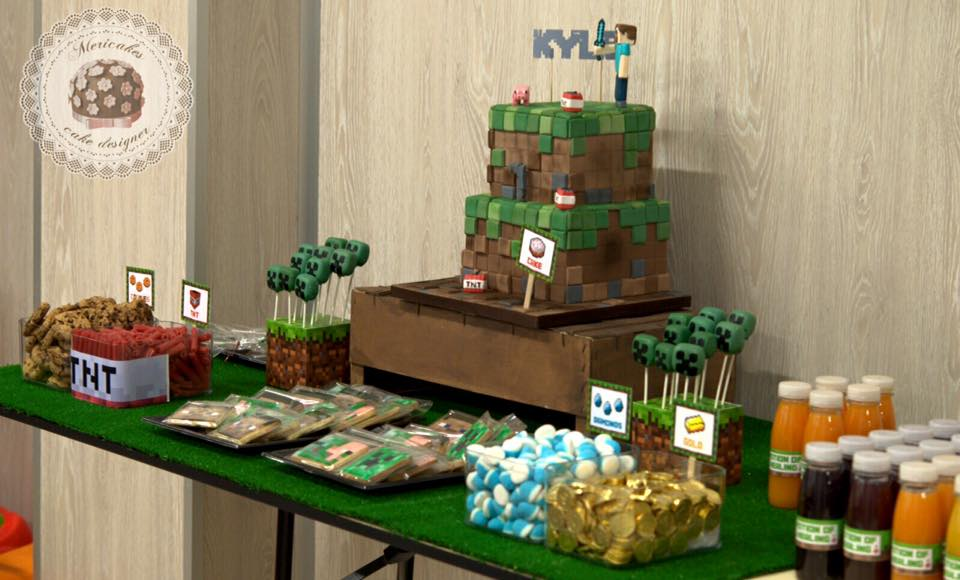 mesa-dulce-minecraft-dessert-table-candy-bar-barcelona-birthday-cake-cake-kid-cake-mericakes-chuches-cake-pops-cookies-galletas-4