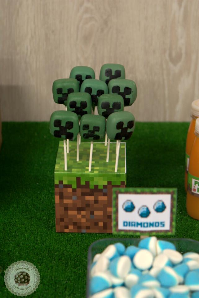 mesa-dulce-minecraft-dessert-table-candy-bar-barcelona-birthday-cake-cake-kid-cake-mericakes-chuches-cake-pops-cookies-galletas