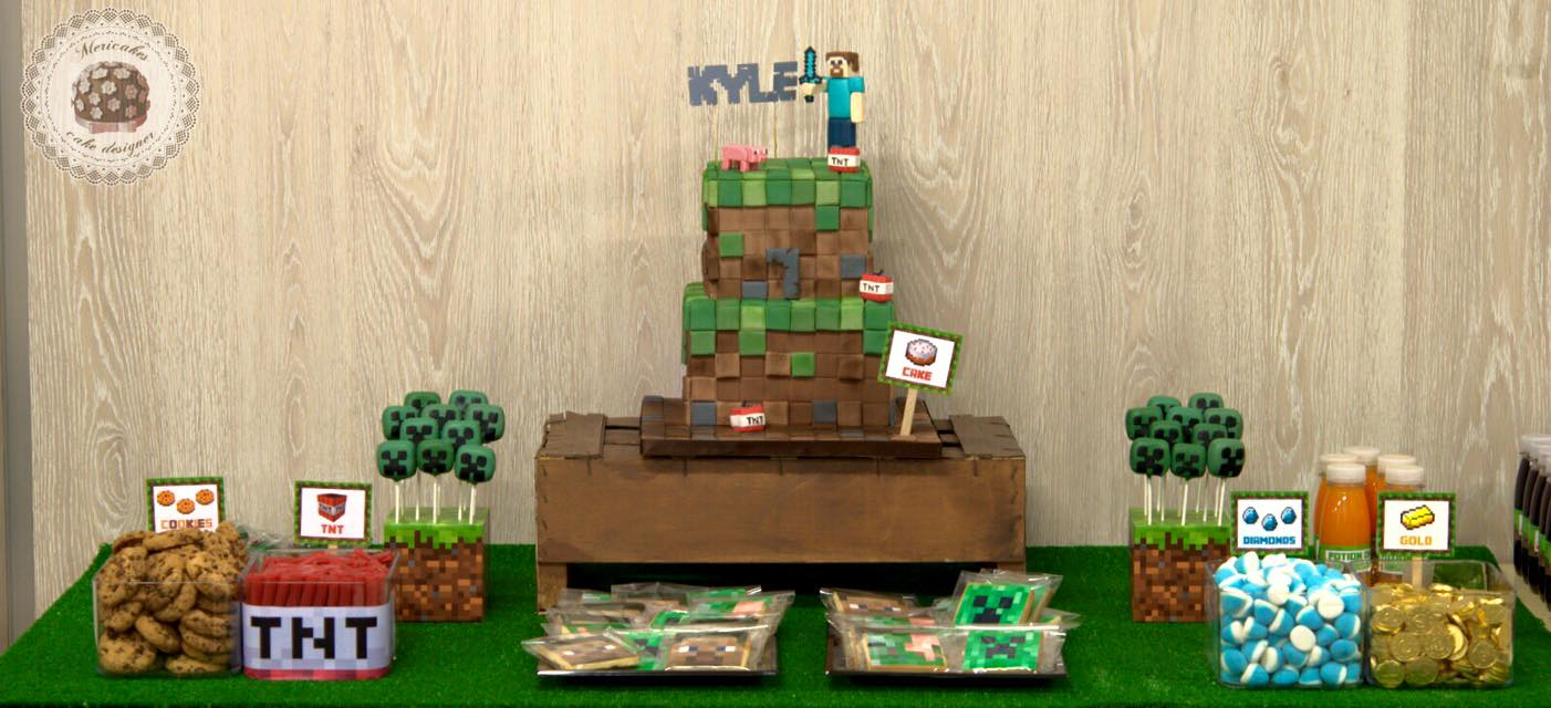 mesa-dulce-minecraft-dessert-table-candy-bar-barcelona-birthday-cake-cake-kid-cake-mericakes-chuches-cake-pops-cookies-galletas2