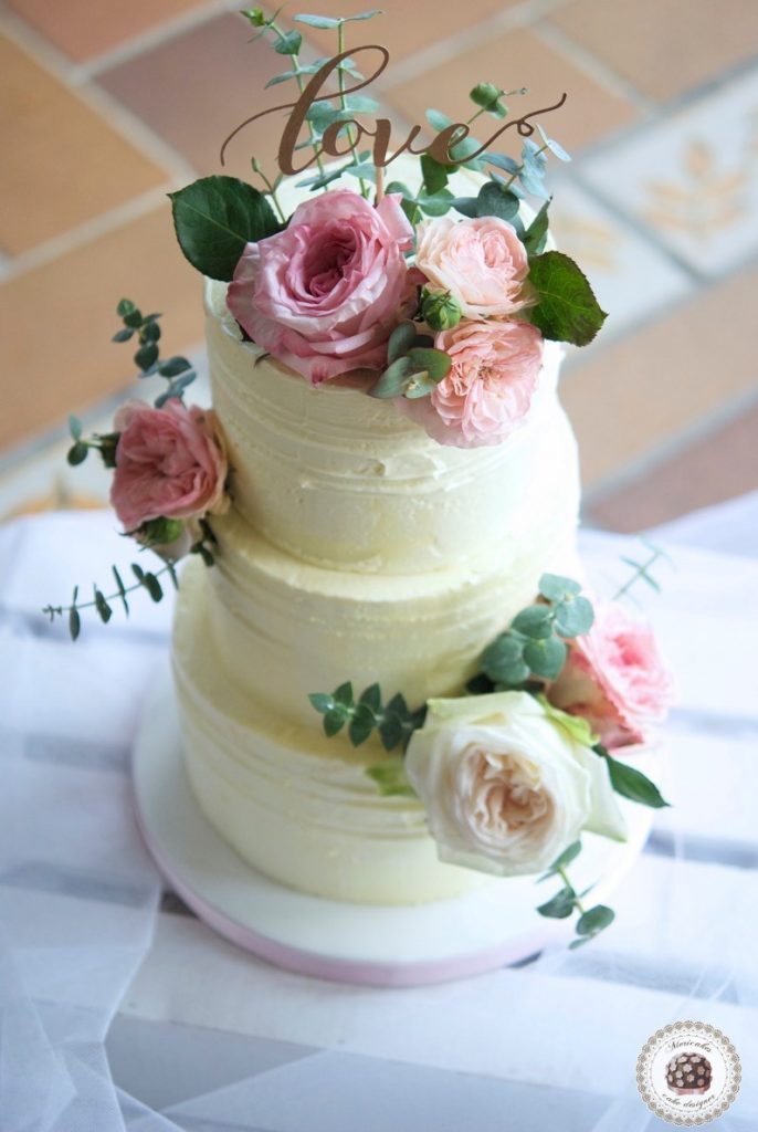 naked-cake-tarta-de-boda-wedding-cake-mericakes-barcelona-boda-topper-wedding-inspiration-roses-fresh-flowers-pastel-de-boda-wedding-planner-event-planner-7