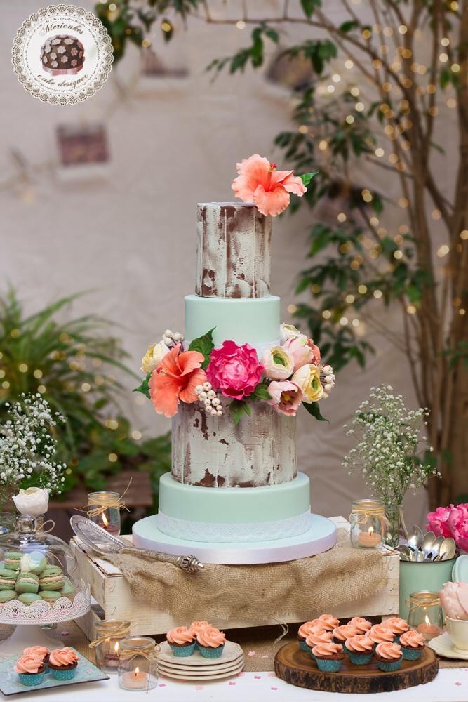 tarta-de-boda-wedding-cake-hibiscus-peony-ranunculus-tulip-fondant-lace-2