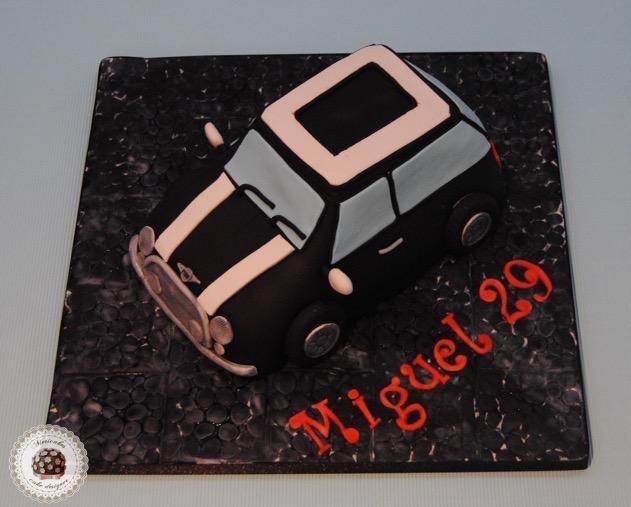 tarta-mini-coope-mini-tarta-coche-tarta-3d-tartas-decoradas-tartas-personalizadas-tartas-barcelona-mericakes-chocolate-barcelona-fondant