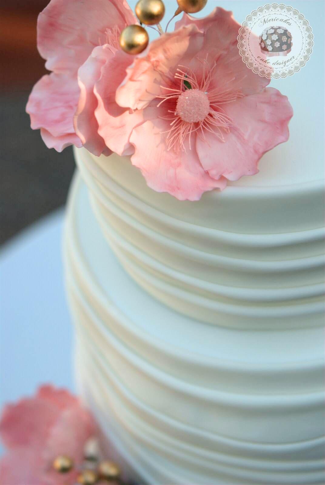 wedding-cake-anemona-sugarcraft-barcelona-mericakes-mas-de-sant-llei-bodas-barcelona-tarta-de-boda-flores-de-azucar-13_fotor