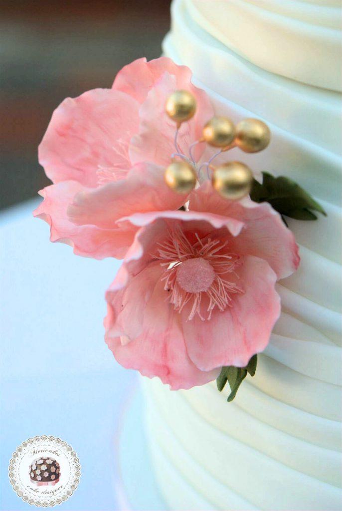 wedding-cake-anemona-sugarcraft-barcelona-mericakes-mas-de-sant-llei-bodas-barcelona-tarta-de-boda-flores-de-azucar-18_fotor