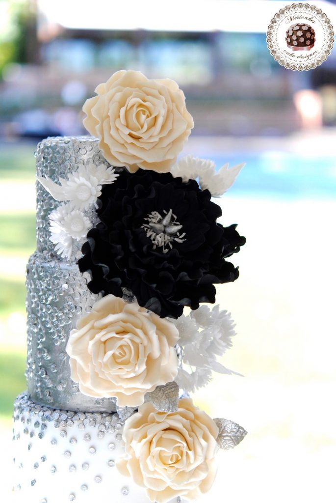 wedding-cake-mericakes-cake-designer-sugarart-fairmont-hotel-fondant-silver-lentejuelas-rose-peony-black-white-barcelona-bridal-cake-chocolate-red-velvet