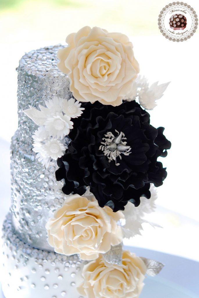 wedding-cake-mericakes-cake-designer-sugarart-fairmont-hotel-fondant-silver-lentejuelas-rose-peony-black-white-barcelona-bridal-cake-chocolate-red-velvet-_