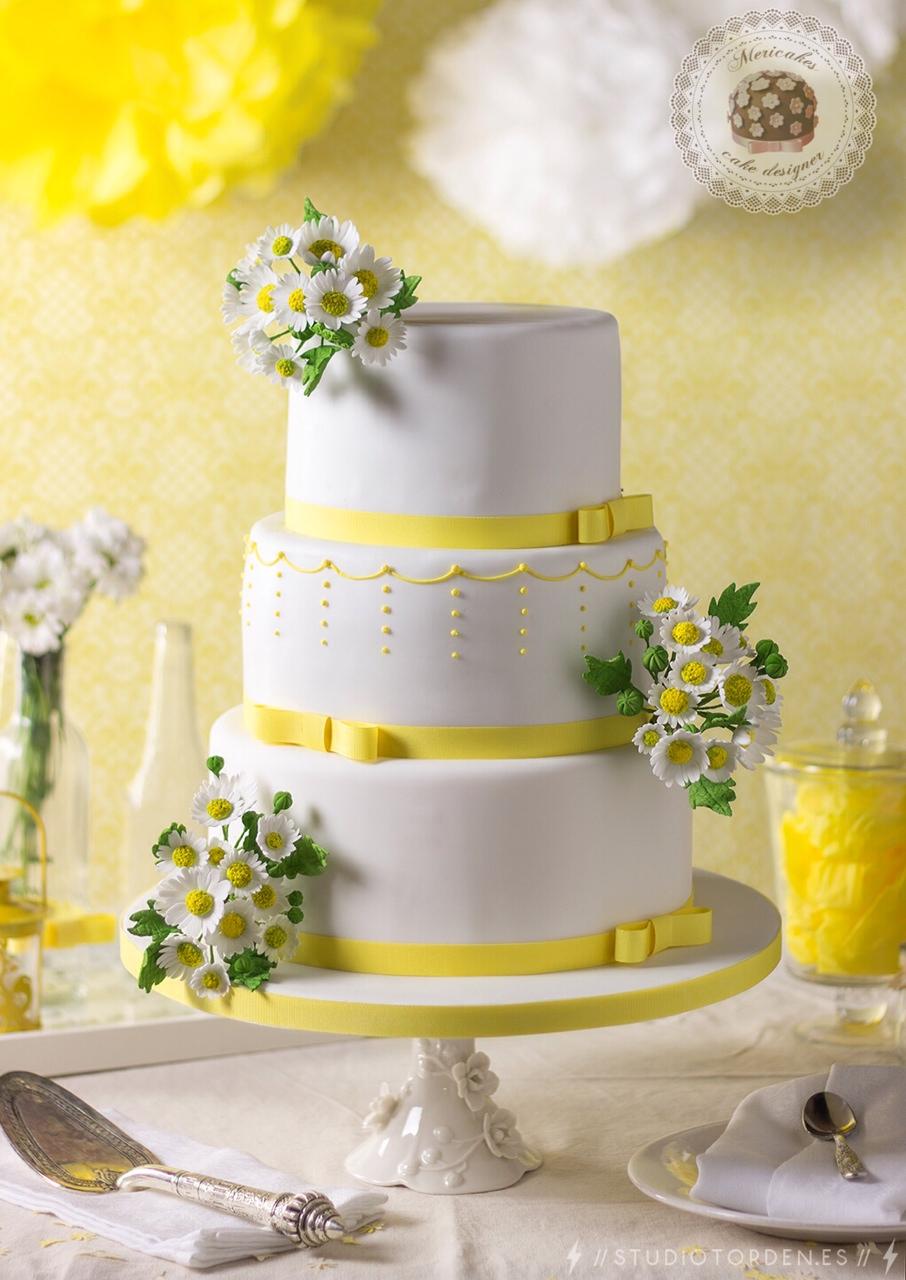 wedding cake, tarta de boda, bridal, boda, eventos, barcelona, fondant, mericakes, margaritas, daisy, sugarcraft