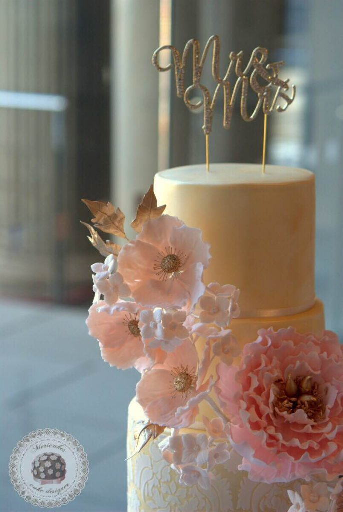 winter-love-wedding-cake-tarta-de-boda-bodas-barcelona-mericakes-mnac-oelum-sugar-flowers-peony-damask-golden-flores-2