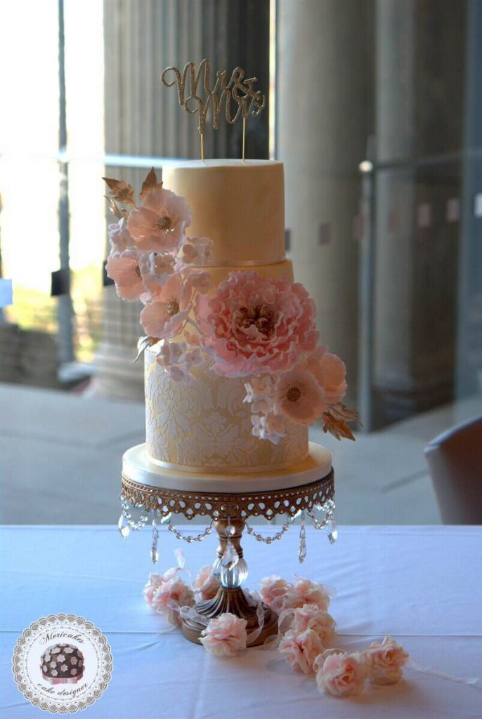 winter-love-wedding-cake-tarta-de-boda-bodas-barcelona-mericakes-mnac-oelum-sugar-flowers-peony-damask-golden-flores