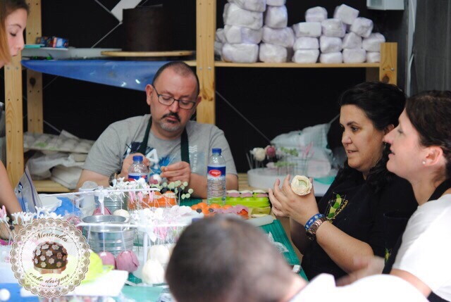master-class-tartas-de-boda-mericakes-wedding-cakes-cadiz-fondant-sugarcraft-reposteria-creativa-cursos-bridal-7638