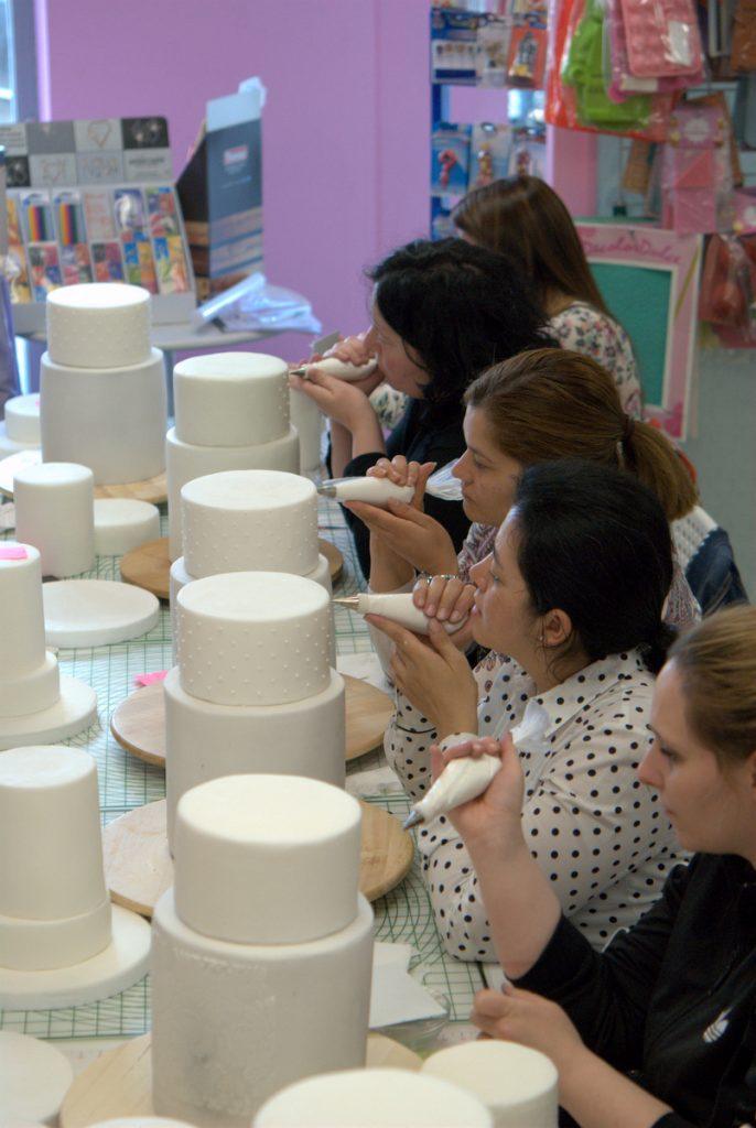 master-class-tartas-de-boda-mericakes-wedding-cakes-madrid-fondant-sugarcraft-reposteria-crativa-cursos-bridal-9