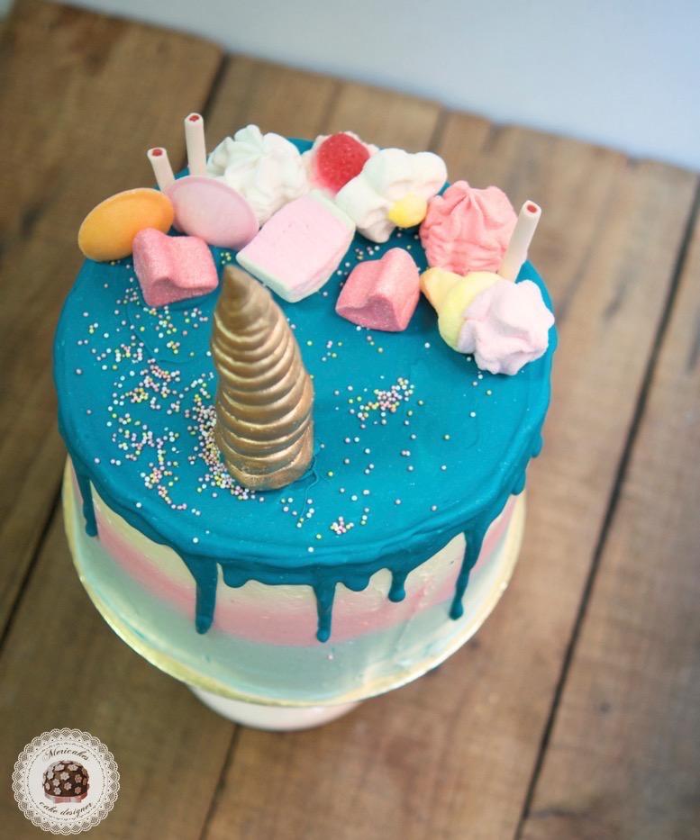 tarta-drip-cake-cream-cake-without-fondant-unicorn-unicornio-mericakes-chuches-candy-red-velvet-reposteria-creativa-sugarcraft-barcelona-tartas-barcelona-tartas-decoradas-cake