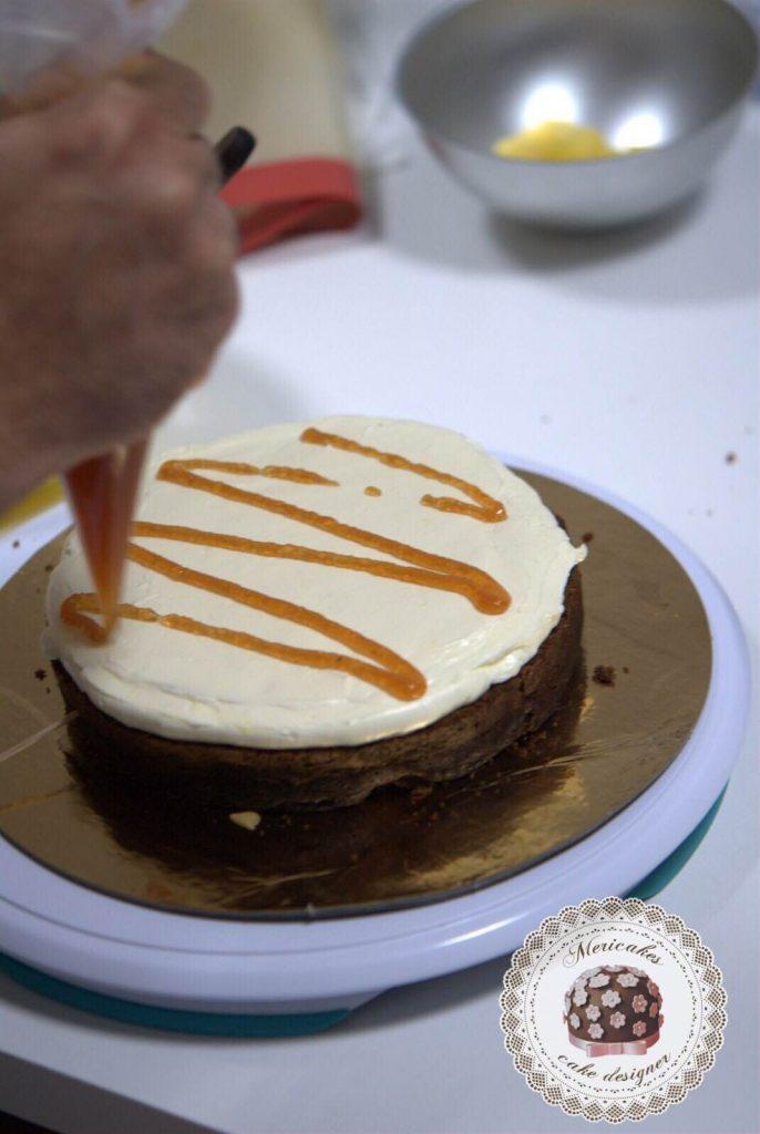 curso-bizcochos-y-rellenos-escuela-barcelona-tartas-layer-cakes-naked-cake-mericakes-carrot-cake-manzana-y-canela-devils-food-bananna-y-caramel-7
