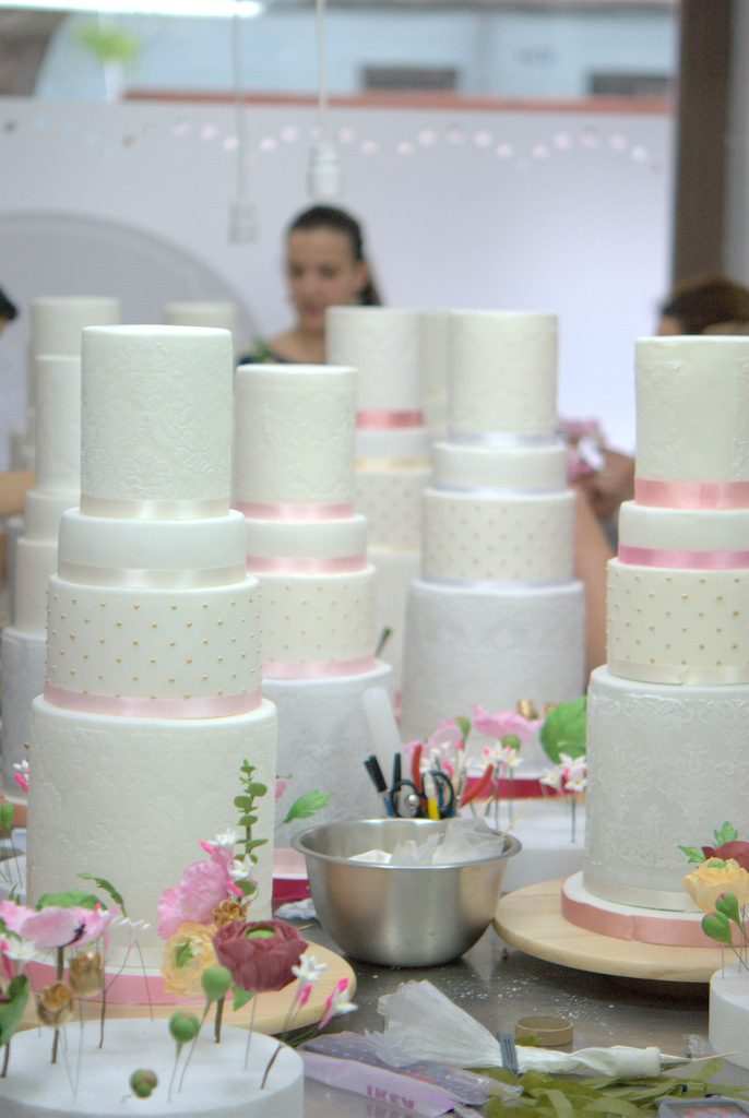 master-class-love-is-in-the-cake-curso-reposrteria-creativa-tartas-de-boda-wedding-cake-tartas-decoradas-fondant-mericakes-tarta-valencia-41