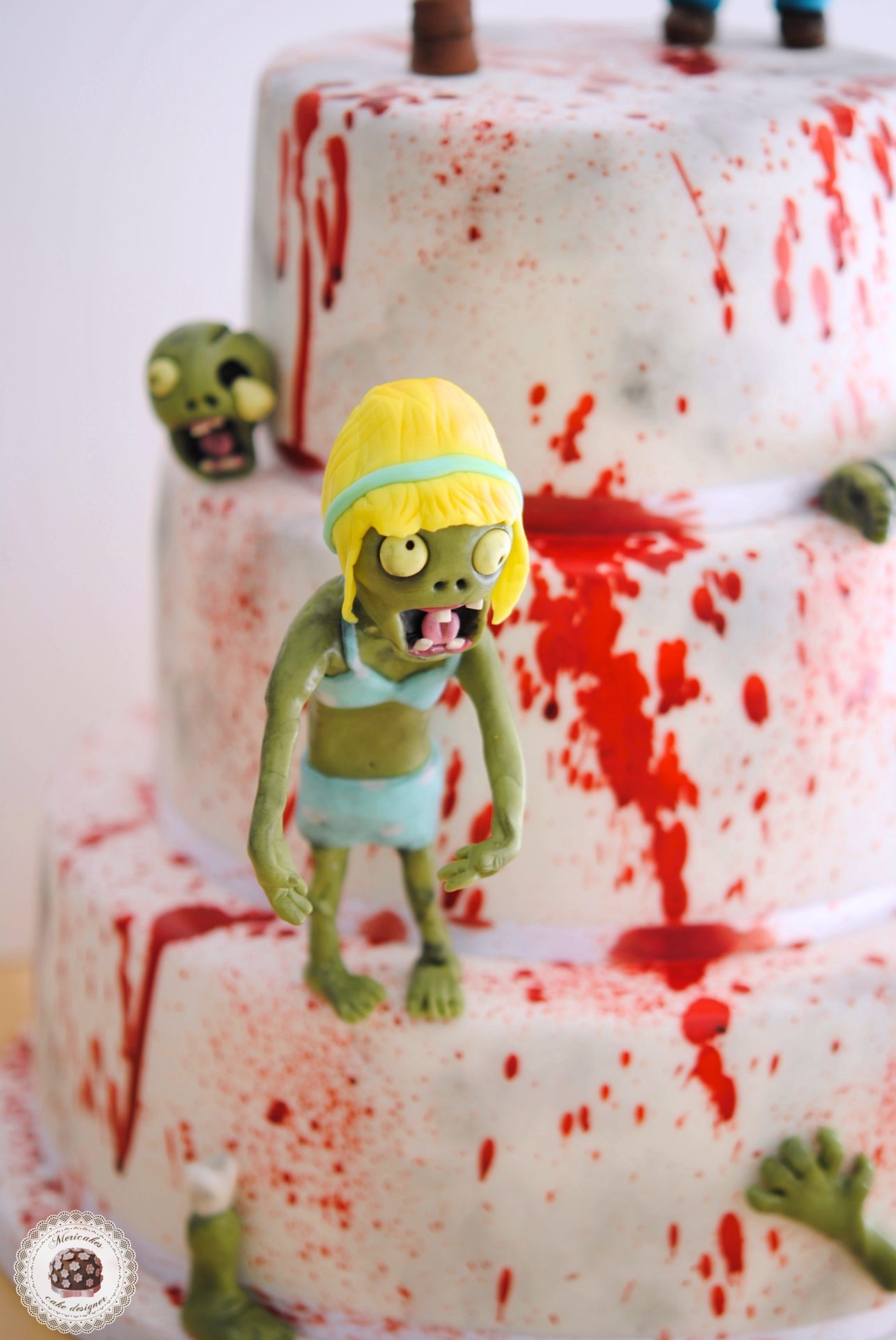 plants-vs-zombies-zombie-zombie-cake-blood-cake-blood-dexter-mericakes-barcelona-chocolate-1