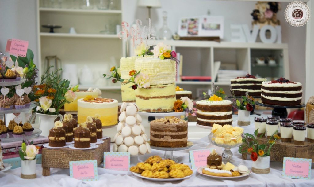 clase-privada-curso-reposteria-creativa-mesas-dulces-pastry-tartas-decoradas-macarons-eclais-dessert-table-mericakes-barcelona-cupcakes-private-class-20