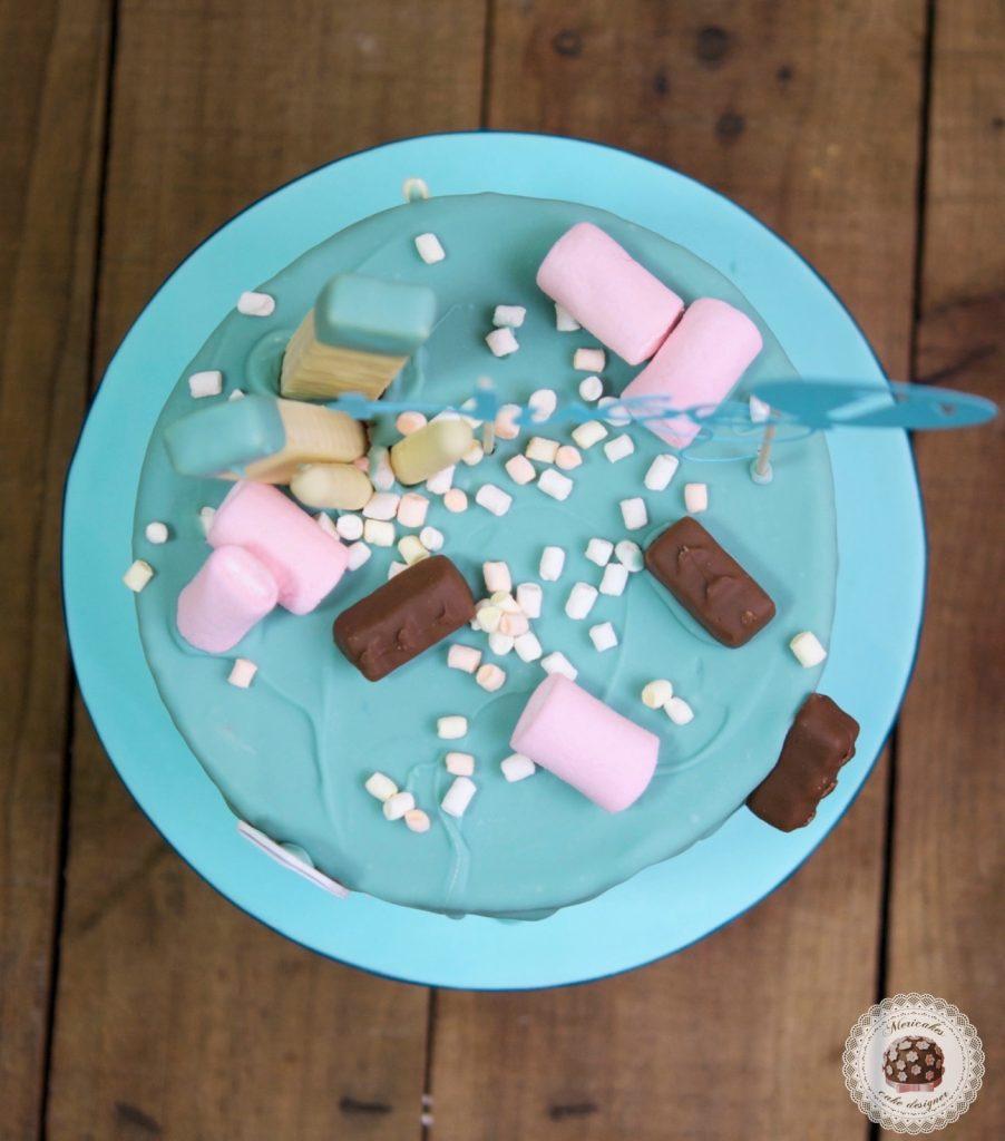 drip-cake-mericakes-tartas-decoradas-cake-first-birthday-pastel-cumpleanos-brownie-danonino-dino-topper-cake-barcelona-2