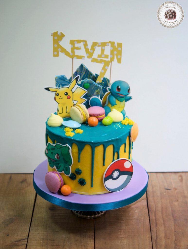 drip-cake-pokemon-pikachu-bulbasaur-charmander-tartas-decoradas-mericakes-barcelona-macarons-chocolate-pastel-de-cumpleanos-tartas-personalizadas