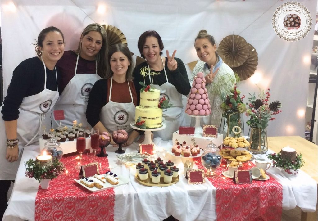 master-class-diseno-y-creacion-de-mesas-dulces-mesas-dulces-barcelona-mericakes-reposteria-creativa-dessert-table-curso-pasteleria-master-class-sweet-table-diciembre-44
