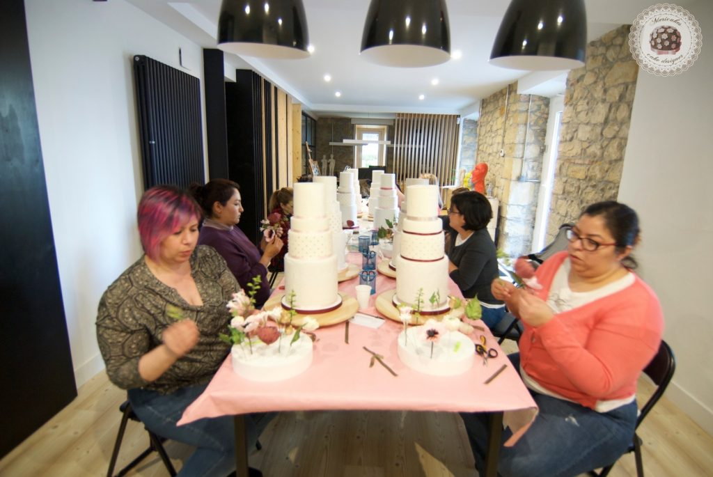 master class love is in the cake, mericakes, bilbao, algorta, pais vasco, tartas de boda, wedding cake, flores de azucar, curso reposteria, pasteleria creativa, master class, sugarcraft, sugar flowers 16