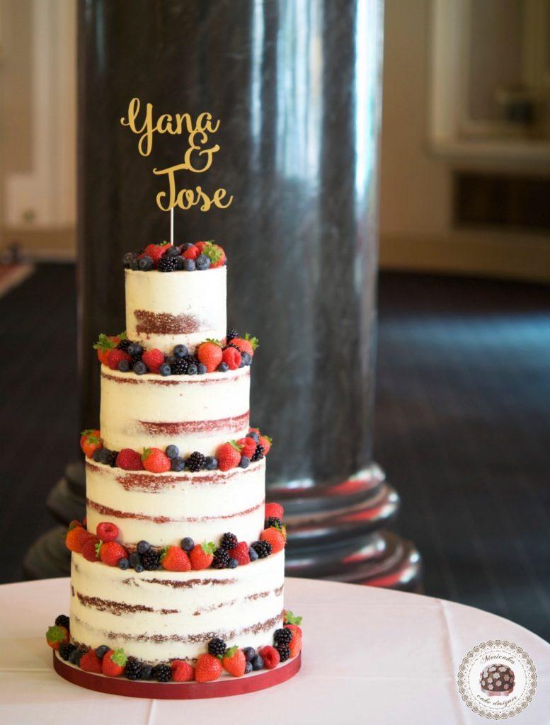 semi naked cake, mericakes, wedding cake, Hote Palace, Spain wedding, red velvet, berries, tarta de boda, fruit cake, pasteleria creativa, tartas barcelona, cake topper, wedding blogguer, bodas reales, barcelona 3