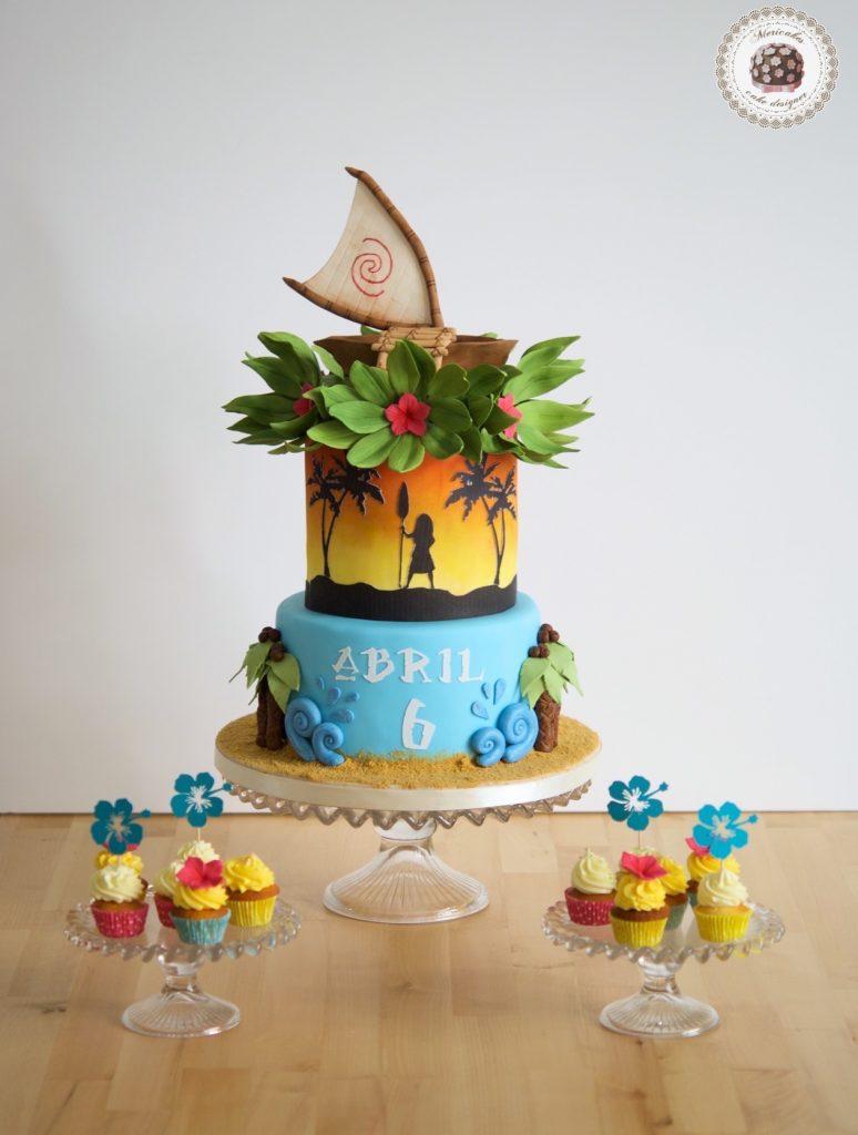 Vaina, Moana, Disney, hawaii, tropical cake, tartas barcelona, fondant, tarta cumpleaños, mericake, cupcakes, mesa dulce, cake decorating